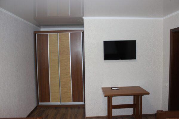 IMG_0522-scaled-600x400 База